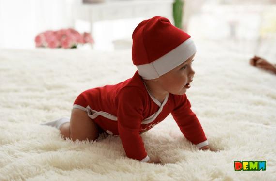 Новорічні бодіки для немовлят 2019  як зробити перше свято яскравим ... 5b91db3194698
